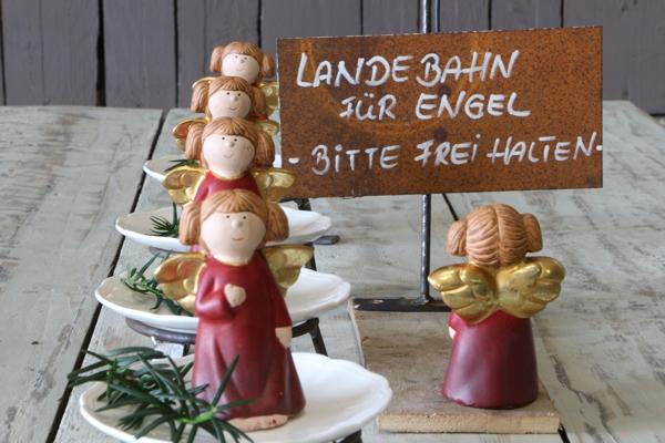 """Schild """"Landebahn..."""""""