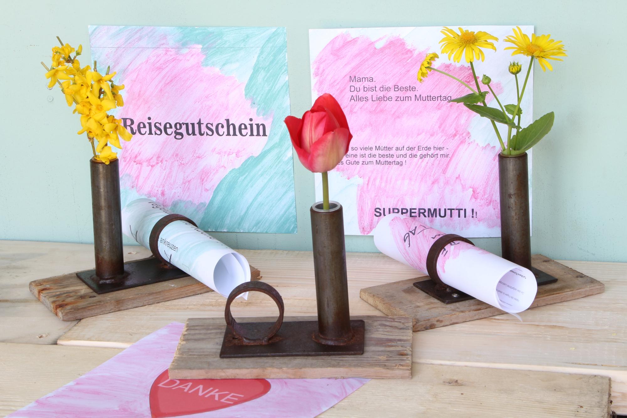 Vase mit Botschaft