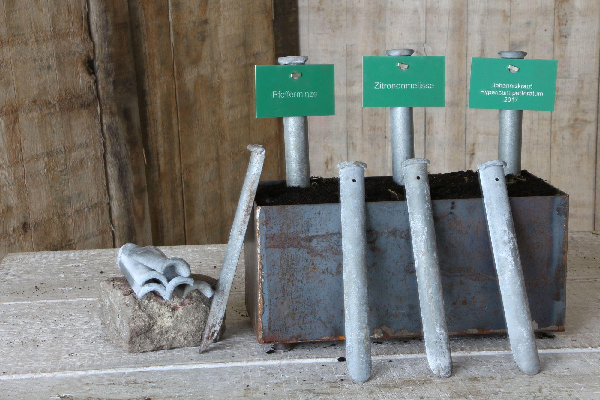 Multifunktionswerkzeug ! Antike Pflanzschüppe, Lückenfüller, Dungerrütsche, Pflanzenschild und Unkrautstecher